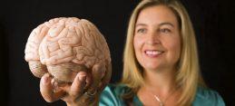 vannessa-holding-brain2
